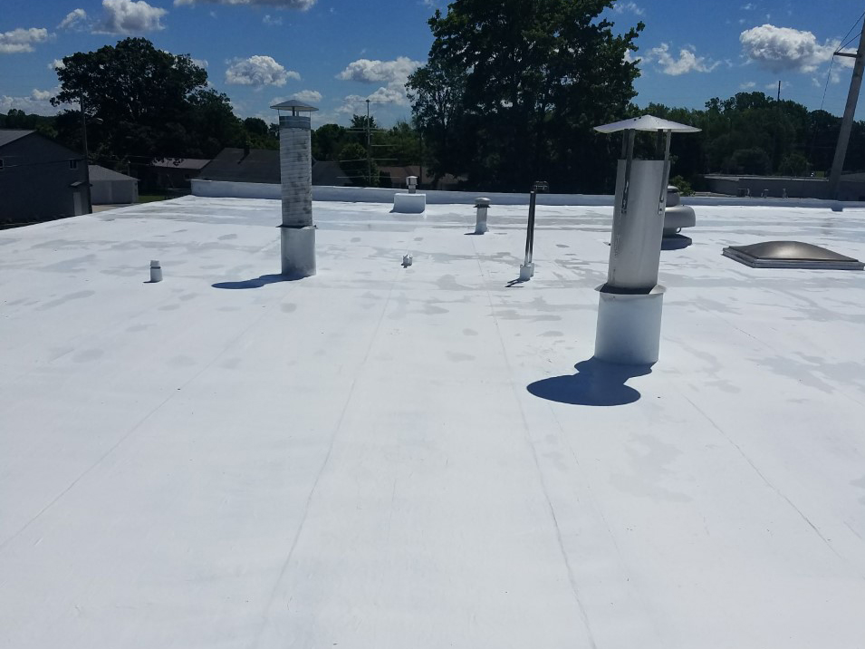 Commercial roof leak repair in Fort Wayne, Indiana